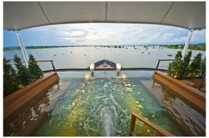 Aqua Mekong Outdoor Top Deck Plunge Pool - High Resolution