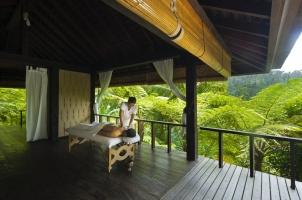 Como Shambhala Estate - Treatment Pavillion massage