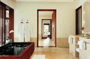 Como Shambhala Estate - Retreat Villa Bathroom