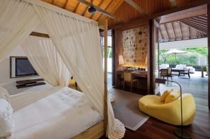 Como Shambhala Estate - Retreat Villa Bedroom