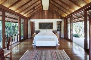 Como Shambhala Estate - Master Bedroom