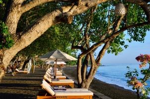 Matahari Beach Resort - Beach