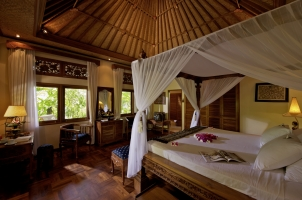 Matahari Beach Resort - Bungalow Super Deluxe