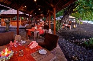 Matahari Beach Resort - Leons Beach Bistro