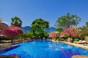 Matahari Beach Resort - Pool