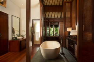 The Legian Bali - Beach House Bathroom