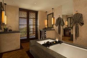 The Legian Bali - Seminyak Suite Bathroom