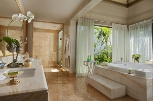 The Mulia Villa - Bathroom