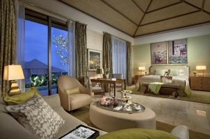 The Mulia Villa - Bedroom
