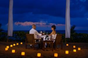 The Oberoi Beach Resort Bali - Romantic dinner