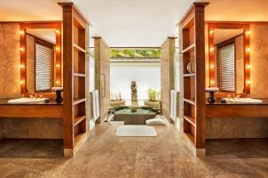 The Oberoi Beach Resort Bali - Villa Bathroom