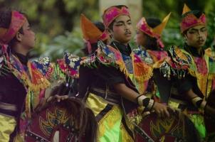 Indonesia - Village Children Dancers