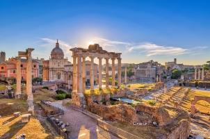 Italy - Rome city skyline