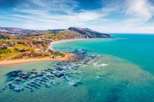 Italy - Giallonardo Beach