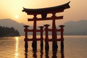 Japan - Miyajima - Floating Tori