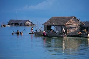 Cambodia - Tonlesap Lake