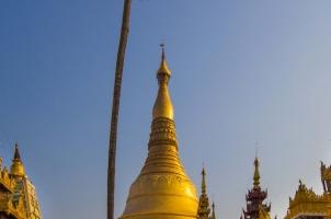 Myanmar - Yangon temple