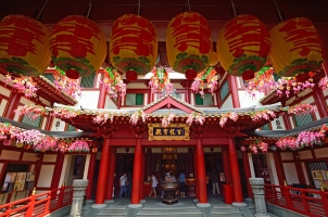 Singapore - Temple in China Town