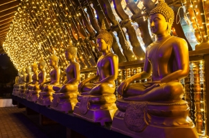 Sri Lanka - Buddha statues
