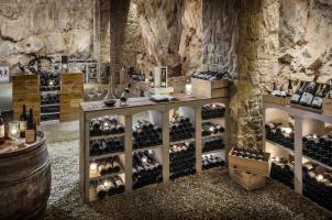Château Saint-Martin & Spa - Wine Cellar