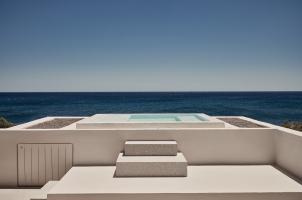 Istoria Santorini - Outdoor Hot Tub