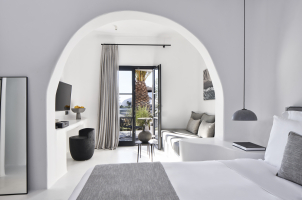 Omma Santorini - Juior Suite
