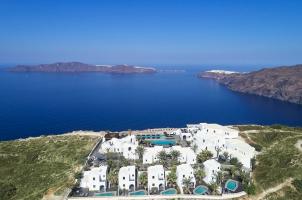Omma Santorini - View