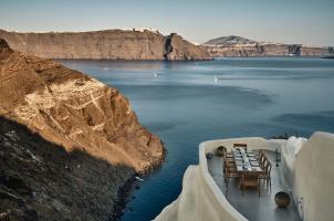 Mystique Santorini - ASEA Restaurant Lounge