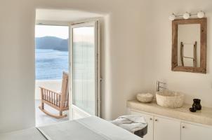 Mystique Santorini - Elios Spa