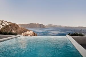 Mystique Santorini - Holistic Villa Pool