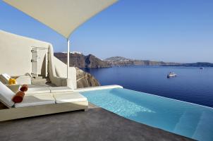 Mystique Santorini - Secrecy Villa Pool