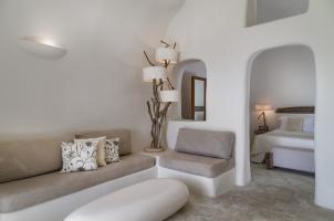 Mystique Santorini - Suite Interior