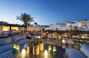 Vedema Santorini - Alati Restaurant Terrace