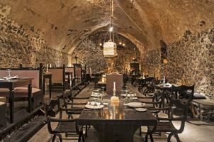 Vedema Santorini - Alati Restaurant