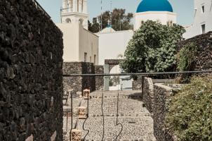 Vedema Santorini - Stairs to restaurant