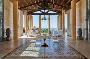 The Romanos Costa Navarino - Lobby
