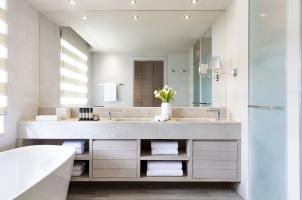 Porto Sani - Bathroom