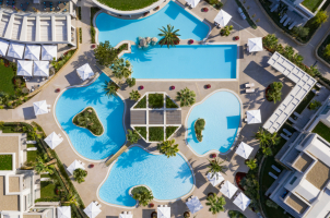 Porto Sani - Pool Overview