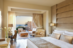 Sani Asteria - Bedroom