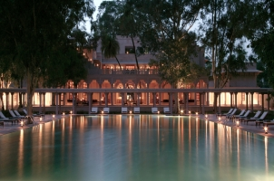 Amanbagh - Pool and main building at night
