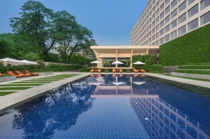 The Oberoi New Delhi - swimming pool