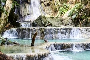 Amanwana - Waterfall excursion