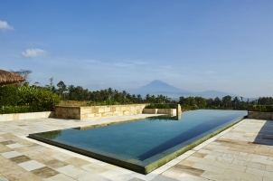 Amanjiwo - Dalem jiwo Suite pool view