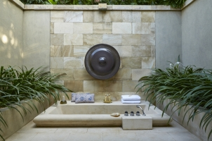 Amanjiwo - Suite Outdoor Bathclub