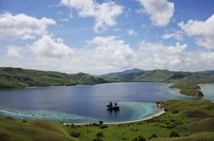 Indonesia Alila Purnama - Komodo Island