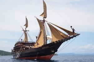 Indonesia Alila Purnama - Sailing boat
