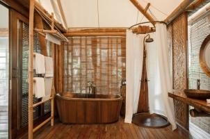 Bawah Reserve - Beach Suite Bathroom
