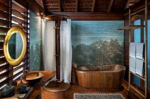 Bawah Reserve - Overwater Bungalow Bathroom
