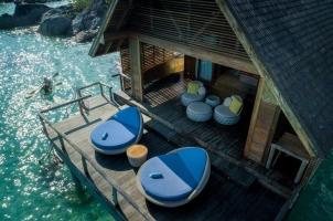 Bawah Reserve - Overwater Deck