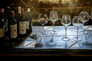COMO Catello del Nero - Wine Tasting